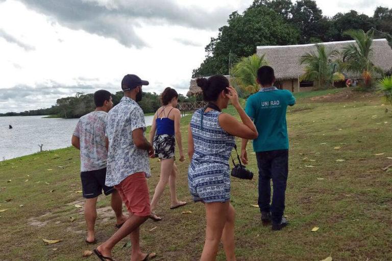 Новый год в джунглях Амазонки с пираньями и прогулками к магическим местам